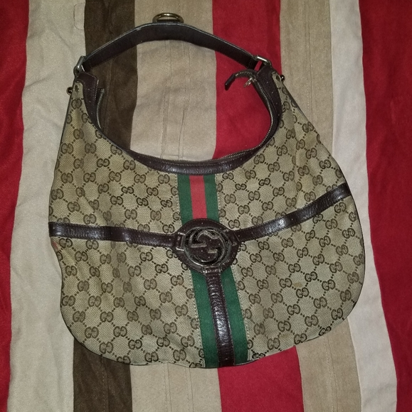 Gucci Handbags - Gucci bag